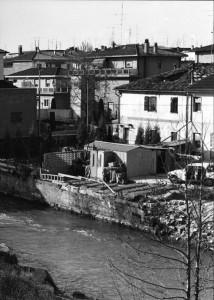 L'ex mulino Gaggian alla Cipressina. Il fiume è stato rettificato e allontanato dal mulino.