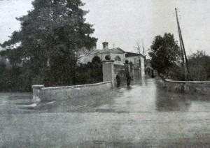 Aspetti dell'abitato di Mestre durante un'alluvione (Foto inserita nel piano regolatore dell'abitato di Mestre del 1943.)