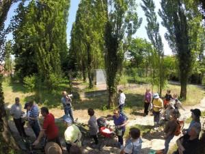 Giorgio Sarto spiega che i costruttori della residenza per anziani dovevano cedere al comune la parte lungo il fiume, anche per la continuità di una pista ciclabile che non è stata fatta.