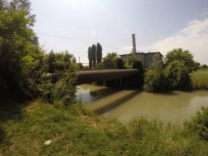 Ponte non accessibile che attraversa il Marzenego verso l'impianto Veritas.