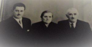 """Il cugino """"zio"""" Aldo con la zia Pina e lo zio Bepi ."""