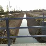 In basso a destra si vede il punto dove il fosso by pass si immette nel canale consortile.